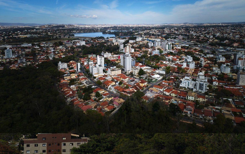 Foto Apartamento de 4 quartos à venda no Itapoã em Belo Horizonte - Imagem