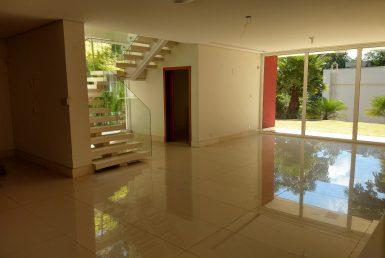 Foto Casa de 4 quartos à venda no Bandeirantes em Belo Horizonte - Imagem 01