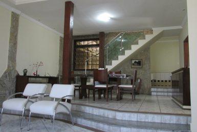 Foto Casa de 4 quartos à venda no Santa Cruz em Belo Horizonte - Imagem 01