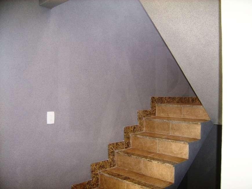 Foto Casa de 3 quartos à venda no Heliópolis em Belo Horizonte - Imagem 02
