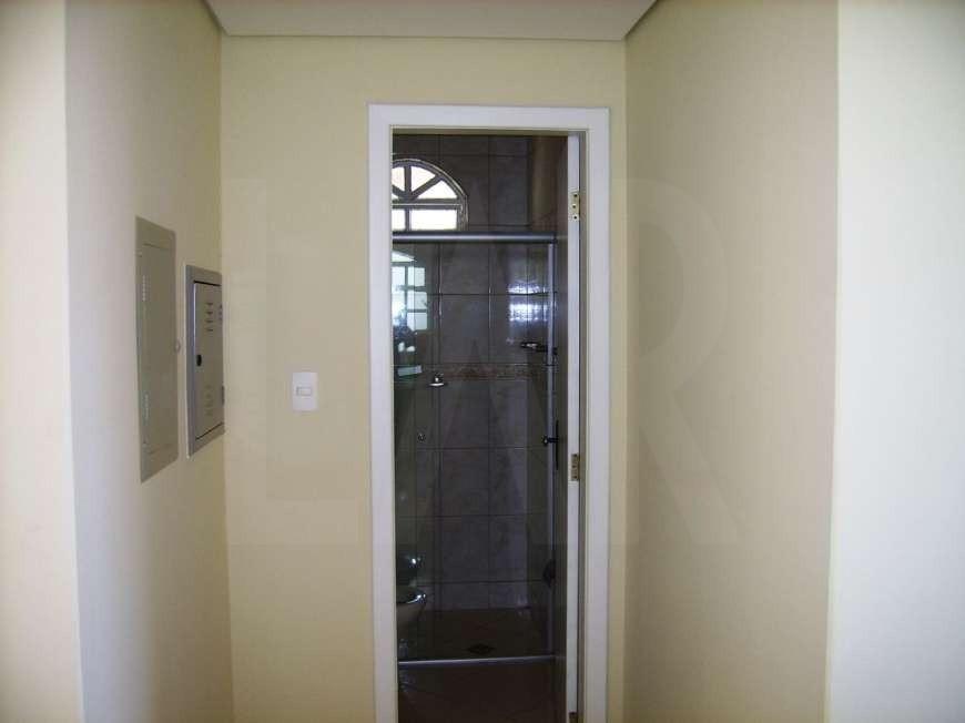 Foto Casa de 3 quartos à venda no Heliópolis em Belo Horizonte - Imagem 04
