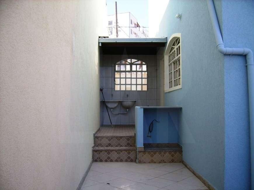 Foto Casa de 3 quartos à venda no Heliópolis em Belo Horizonte - Imagem 06
