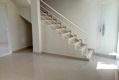 Foto Casa Geminada de 3 quartos à venda no Uniao em Belo Horizonte - Imagem 01