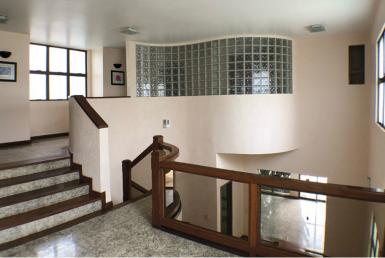 Foto Casa de 4 quartos à venda no João Pinheiro em Belo Horizonte - Imagem 01