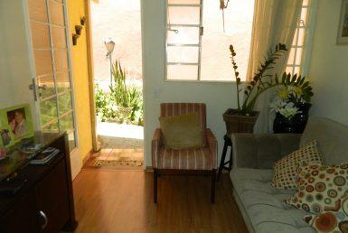 Foto Casa de 2 quartos à venda no Copacabana em Belo Horizonte - Imagem 01