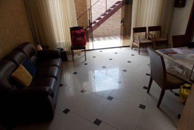 Foto Casa Geminada de 5 quartos à venda no Fernão Dias em Belo Horizonte - Imagem 01