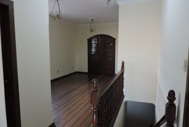 Foto Casa de 6 quartos à venda no Palmares em Belo Horizonte - Imagem 01