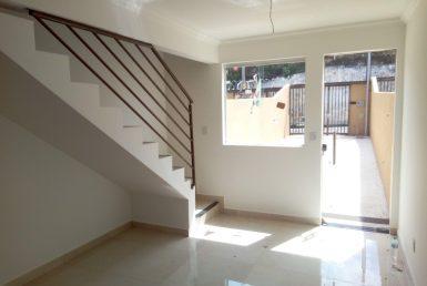 Foto Casa Geminada à venda no Céu Azul em Belo Horizonte - Imagem 01