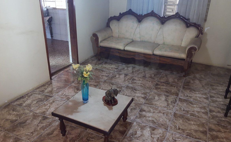 Foto Casa de 4 quartos à venda no Santa Tereza em Belo Horizonte - Imagem 04
