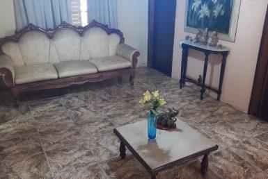 Foto Casa de 4 quartos à venda no Santa Tereza em Belo Horizonte - Imagem 01