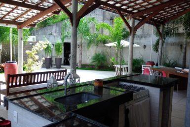 Foto Casa de 6 quartos à venda no Santa Lúcia em Belo Horizonte - Imagem 01
