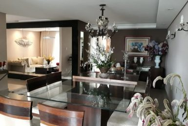Foto Casa de 5 quartos à venda  em Pedro Leopoldo - Imagem 01