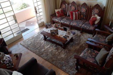 Foto Casa de 4 quartos à venda no Alto dos Pinheiros em Belo Horizonte - Imagem 01