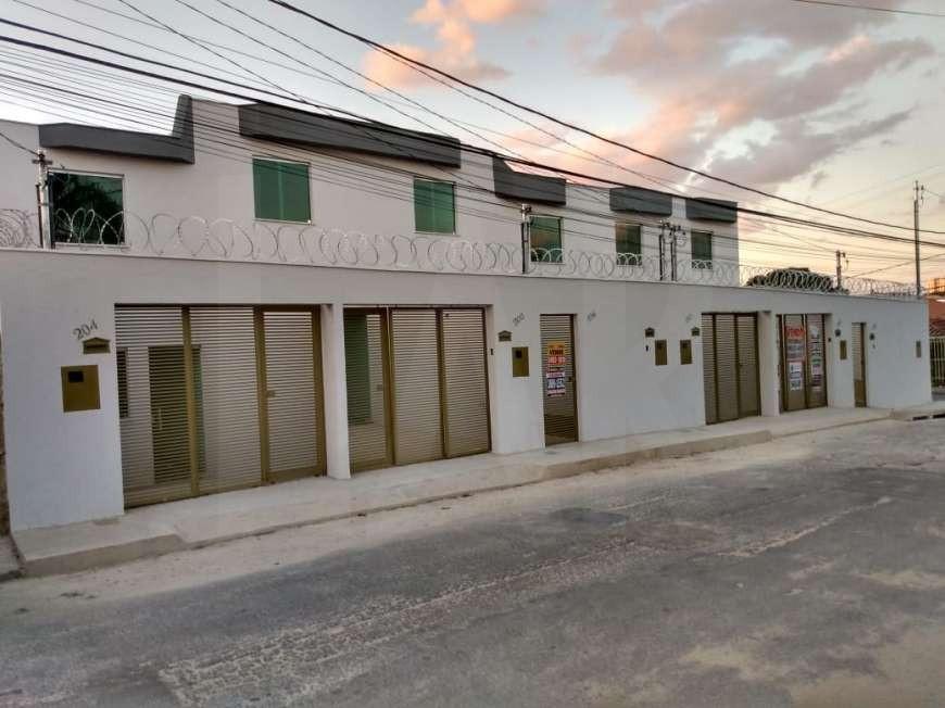 Foto Casa Geminada de 2 quartos à venda no Copacabana em Belo Horizonte - Imagem 03