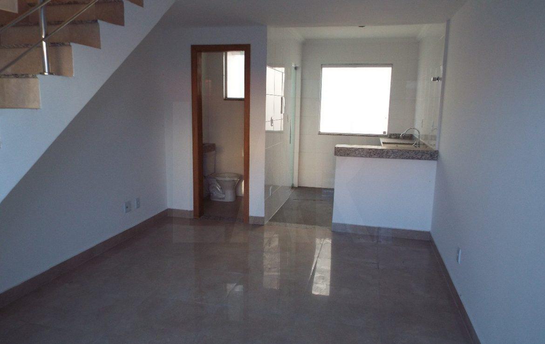 Foto Casa Geminada de 2 quartos à venda no Copacabana em Belo Horizonte - Imagem 04