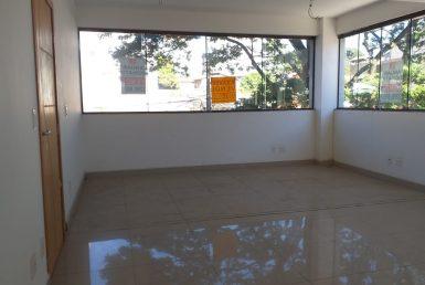 Foto Apartamento de 3 quartos à venda no Coração Eucarístico em Belo Horizonte - Imagem 01