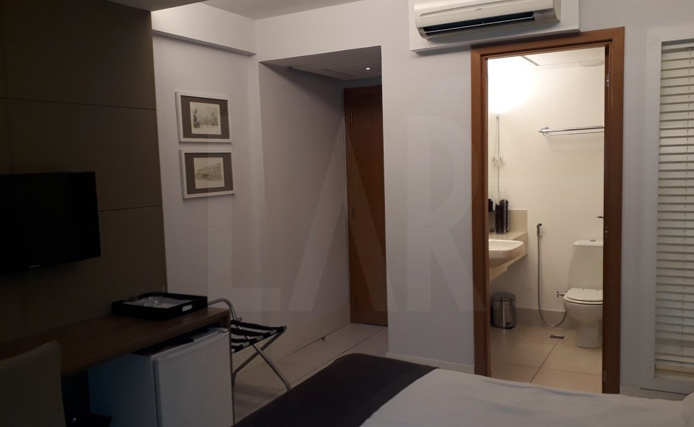 Foto Flat para alugar no Cidade Jardim em Belo Horizonte - Imagem 08