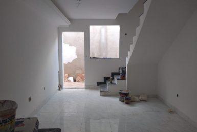 Foto Casa de 2 quartos à venda no Planalto em Belo Horizonte - Imagem 01