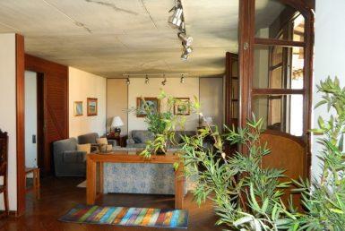 Foto Casa de 8 quartos para alugar no São Luiz em Belo Horizonte - Imagem 01