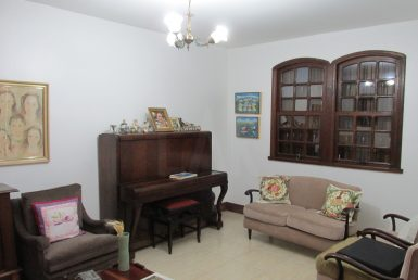 Foto Casa de 5 quartos à venda no VILA PARIS em Belo Horizonte - Imagem 01