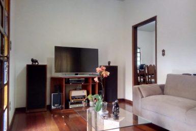 Foto Casa de 4 quartos à venda no Boa Vista em Belo Horizonte - Imagem 01