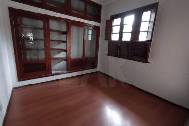 Foto Casa Comercial de 3 quartos para alugar no Santo Agostinho em Belo Horizonte - Imagem 01