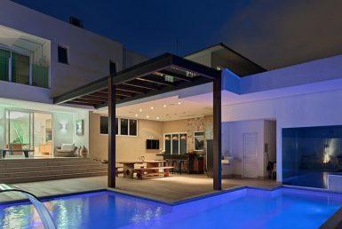 Foto Casa de 5 quartos à venda no Bandeirantes em Belo Horizonte - Imagem 01