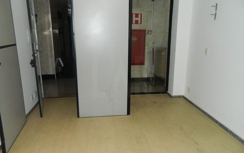 Foto Sala à venda no Lourdes em Belo Horizonte - Imagem 02
