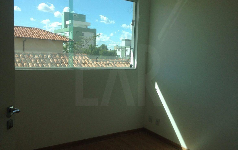 Foto Casa Geminada de 4 quartos à venda no Castelo em Belo Horizonte - Imagem 04