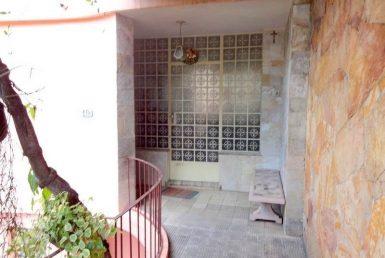 Foto Casa de 5 quartos à venda no São Pedro em Belo Horizonte - Imagem 01