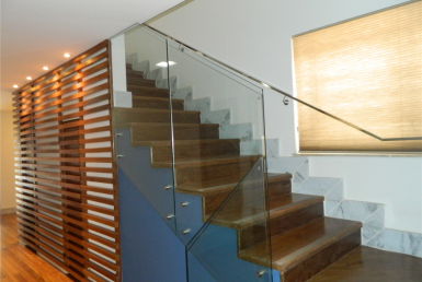 Foto Casa de 4 quartos para alugar no Serra em Belo Horizonte - Imagem 01