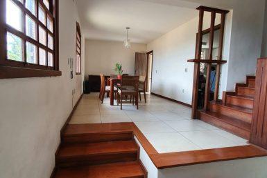 Foto Casa de 4 quartos à venda no Braúnas em Belo Horizonte - Imagem 01
