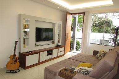 Foto Casa de 3 quartos para alugar no Braúnas em Belo Horizonte - Imagem 01