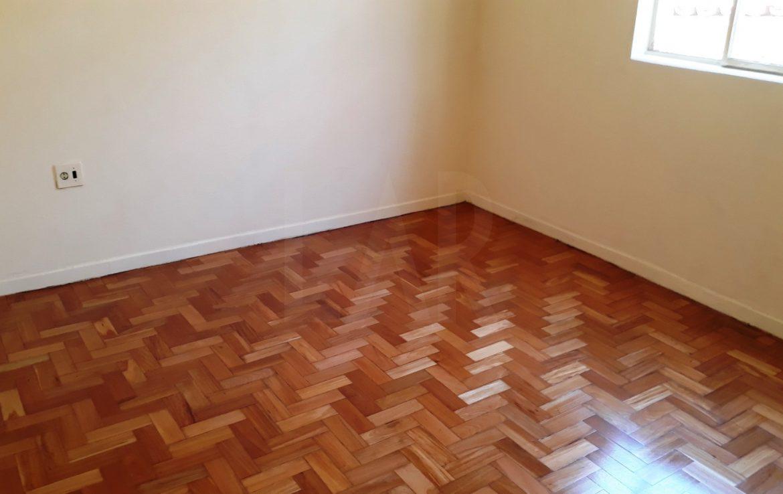 Foto Casa de 3 quartos à venda no Carlos Prates em Belo Horizonte - Imagem 06
