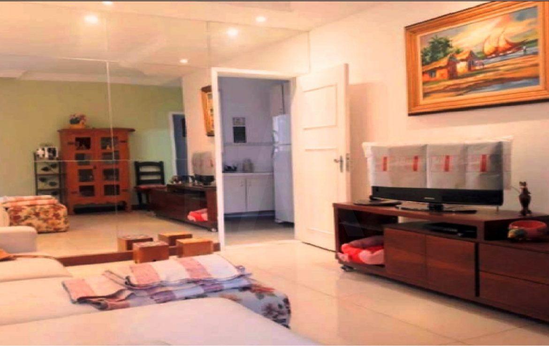 Foto Casa de 3 quartos à venda no João Pinheiro em Belo Horizonte - Imagem 02