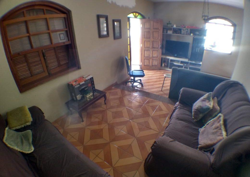 Foto Casa de 3 quartos à venda no Padre Eustáquio em Belo Horizonte - Imagem 02