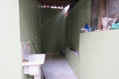 Foto Casa de 4 quartos para alugar no Cachoeirinha em Belo Horizonte - Imagem 01