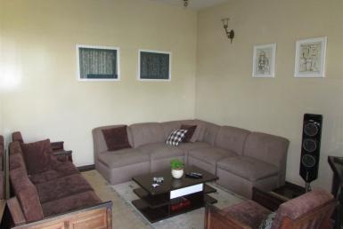 Foto Casa de 7 quartos para alugar no São Luiz em Belo Horizonte - Imagem 01