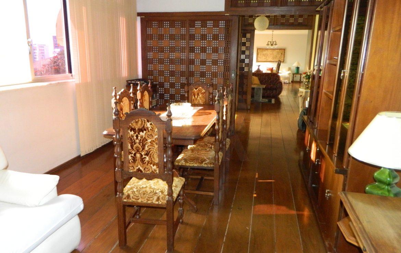 Foto Casa de 5 quartos para alugar no Mangabeiras em Belo Horizonte - Imagem 05