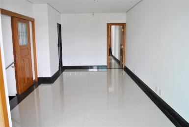 Foto Casa Geminada de 4 quartos à venda no Santa Amelia em Belo Horizonte - Imagem 01