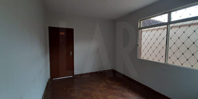 Foto Casa de 5 quartos à venda no Santa Inês em Belo Horizonte - Imagem 06