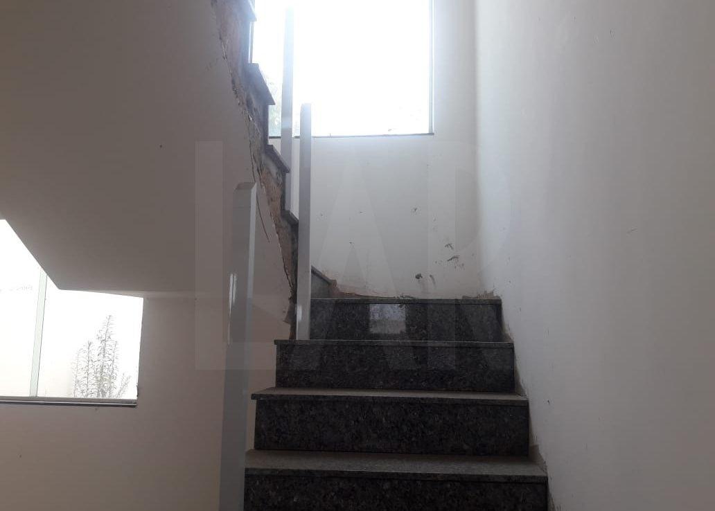 Foto Casa Geminada de 2 quartos à venda no OURO PRETO em Belo Horizonte - Imagem 04