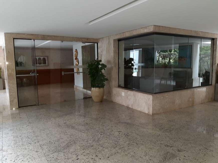 Foto Apartamento de 4 quartos para alugar no Lourdes em Belo Horizonte - Imagem