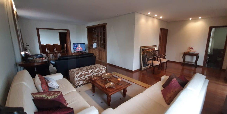 Foto Apartamento de 4 quartos à venda no Santa Efigênia em Belo Horizonte - Imagem 02