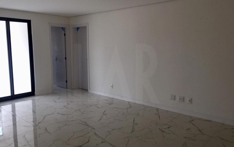 Foto Apartamento de 4 quartos à venda no Funcionários em Belo Horizonte - Imagem 02