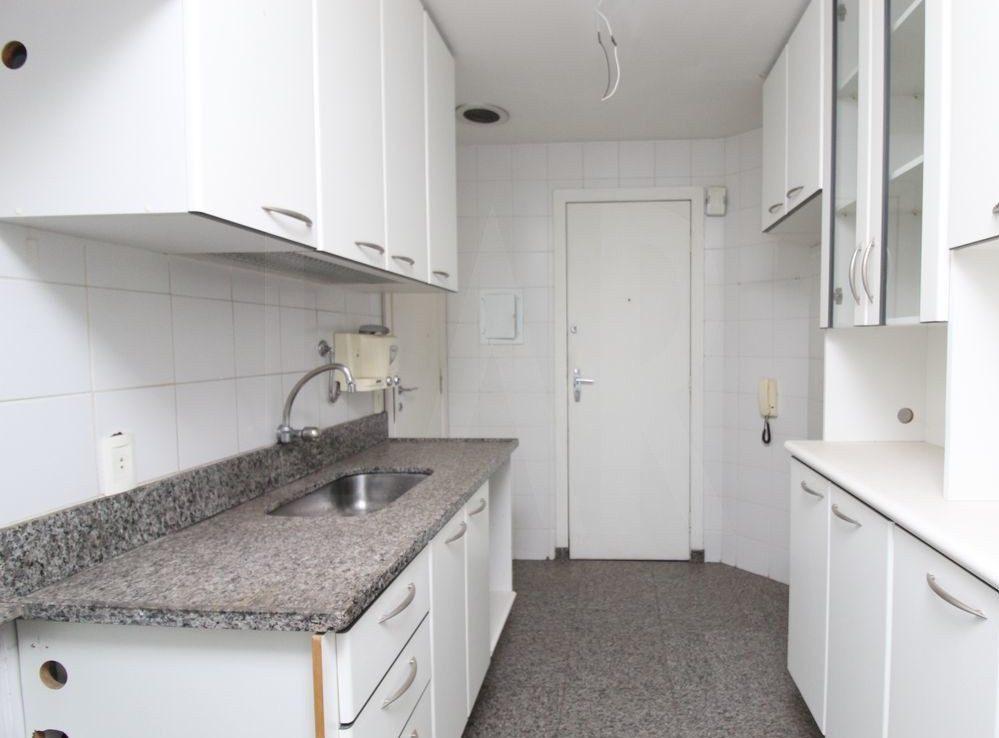 Foto Apartamento de 3 quartos à venda no Funcionários em Belo Horizonte - Imagem 06