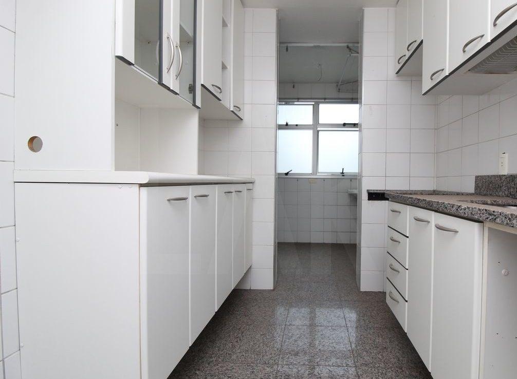 Foto Apartamento de 3 quartos à venda no Funcionários em Belo Horizonte - Imagem 07