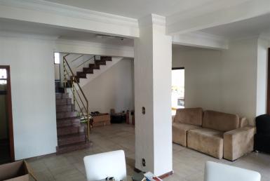 Foto Casa de 3 quartos para alugar no Sagrada Família em Belo Horizonte - Imagem 01