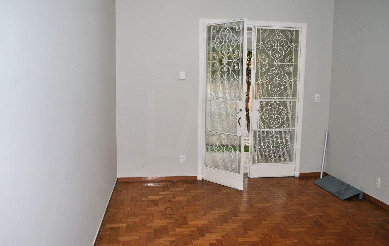 Foto Casa de 4 quartos à venda no Santa Tereza em Belo Horizonte - Imagem 08