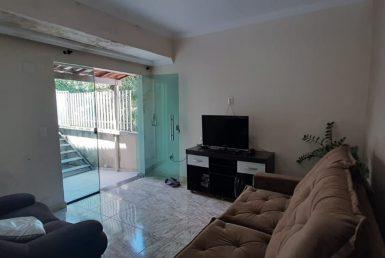 Foto Casa de 8 quartos à venda no Concórdia em Belo Horizonte - Imagem 01